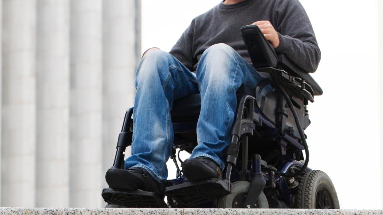 След протест на родителтите отпускат малко пари за децата с увреждания в Бургас