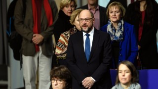 Мартин Шулц препоръча преговори за сформиране на коалиция с Меркел