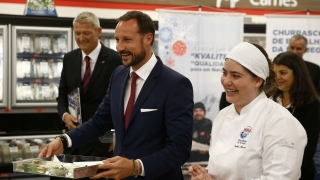 Защо норвежкият принц започна да продава риба в Бразилия?