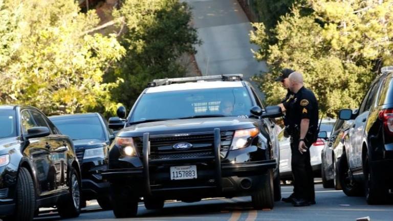 Убит е стрелецът в църква в Тексас