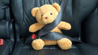 Какво се случва, когато не си сложим колана на задната седалка