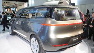 Kia показа новия модел KV7