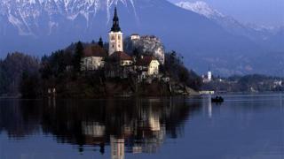 Словения гарантира депозитите в неограничен размер