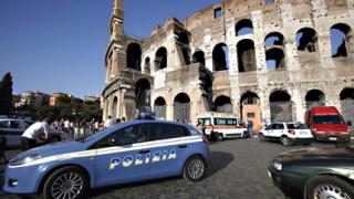 Нападения срещу исторически паметници в Рим