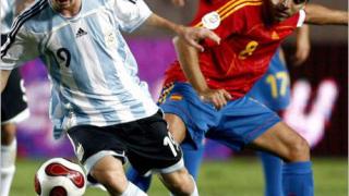 Испания победи Аржентина с 2:1 в контрола