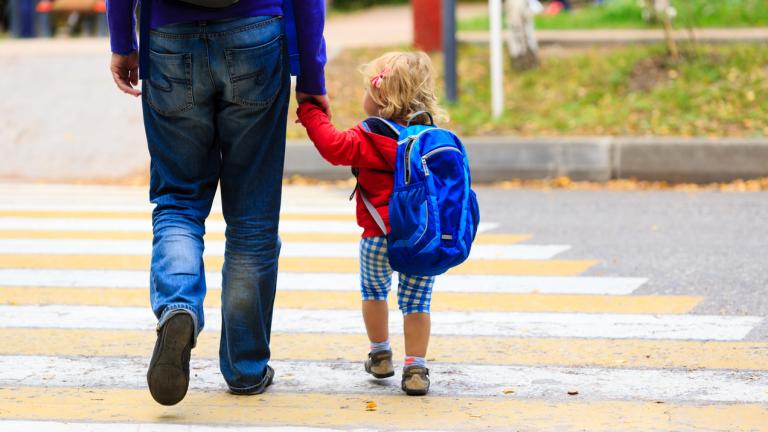 Протестиращи родители поискаха отмяна на Националната стратегия за детето