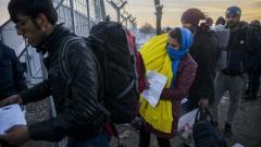 С контейнери за настаняване разширяват центровете за мигранти в Любимец и Елхово