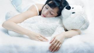 Защо една американска компания реши да плаща на служителите си, за да спят?