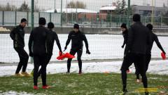Ботев (Пд) дава старт на 2019 година с контрола срещу Локомотив (ГО)