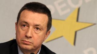 БСП изключи Първанов и компания