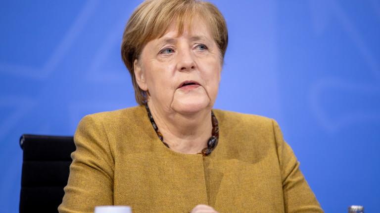 Меркел заплаши със строги мерки срещу коронавируса