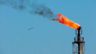 Колко ще нарасне цената на петрола глобално след атаката срещу Saudi Aramco?