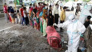 Близо 850 са вече случаите на мистериозното заболяване в Индия