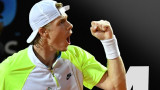 Денис Шаповалов – между тенис корта и музикалното студио