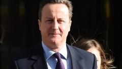 Премиерът на Великобритания се ангажира с цените на билетите