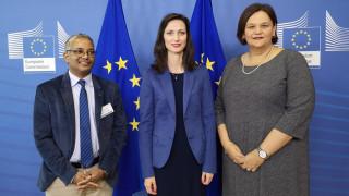 Еврокомисар Габриел започва ефективната борба с дезинформацията