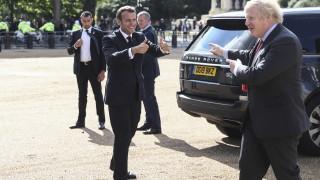 Макрон сряза Великобритания, не може да предоговаря споразумението за Брекзит