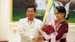 """Филипинският президент нарече евродепутатите """"откачалки"""""""