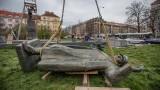 Прага премахна паметника на съветския генерал Иван Конев