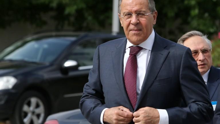 Лавров остро разкритикува САЩ за удара в Сирия