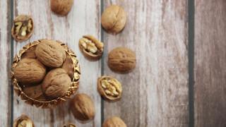 Още една полза от орехите за здравето