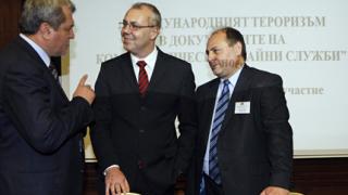 """Комисията по досиетата получи и """"терористичния"""" архив на ДС"""