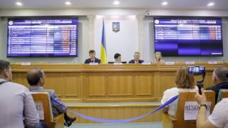 Партията на Зеленски с 253 мандата в 450-местната Върховна рада