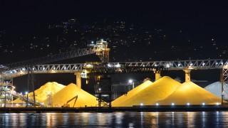 Китайци инвестират €30 милиона във фабрика за сяра в Сърбия