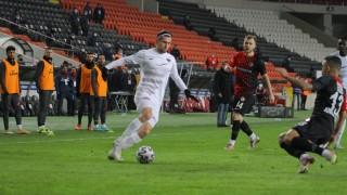 Страхил Попов: Хатайспор играе най-добрия футбол в Турция, процесите в БФС не касаят футболистите