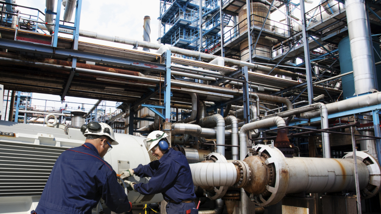 САЩ ще изпревари Русия като най-големия производител на петрол до 2023-а