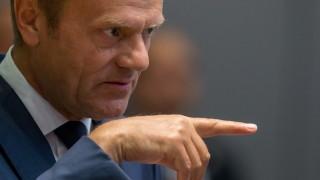 Рано е да се говори за успех на сделката за миграцията, предпазливи Туск и Меркел