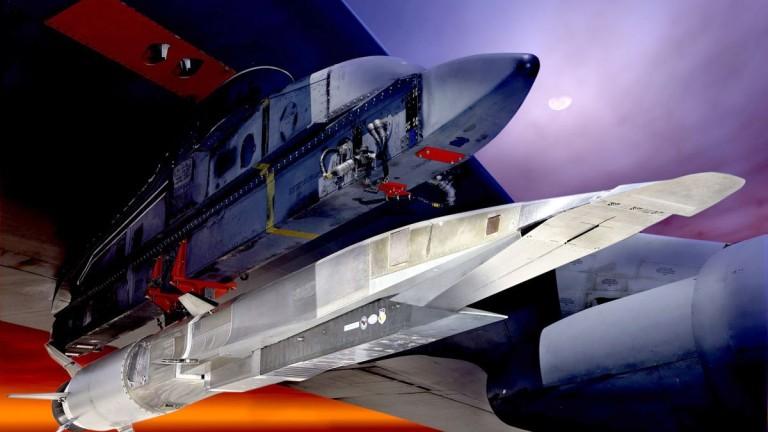 Изостава ли САЩ от Китай и Русия в надпреварата при свръхзвуковите оръжия?