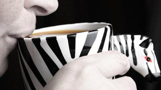 Чаша кафе от животински изпражнения струва 100$ в Лондон