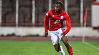 Футболист на ЦСКА направи дарение в родината си Нигерия