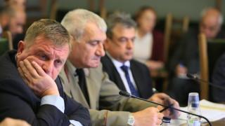 Катя Матева имала доказателства срещу Каракачанов за схеми в ДАБЧ