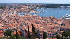 Хърватия опрощава дългове на най-бедните