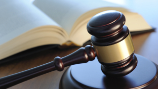 Трима рецидивисти остават в ареста заради кражба 100 м. електрически проводник