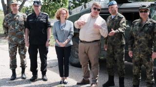 МС праща четирима военни в небойна мисия в Ирак