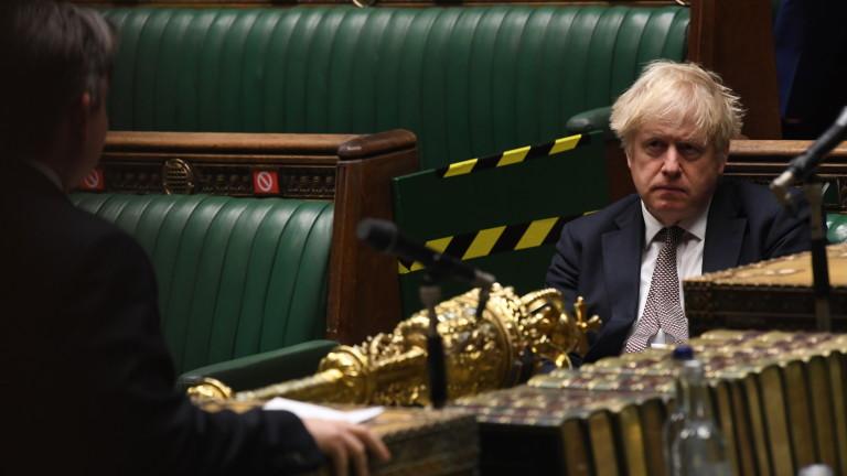 Британският министър-председател Борис Джонсън назначи Надим Захауи, за министър по
