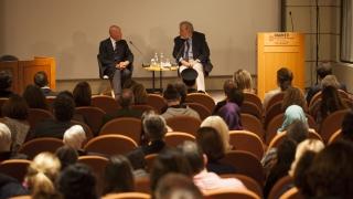 Сакскобургготски представи книгата си в Истанбул