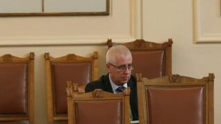 Депутатите поискаха електронно здравеопазване до 2 години