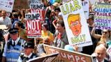 Хиляди демонстрират по улиците на Лондон: Тръмп да си ходи