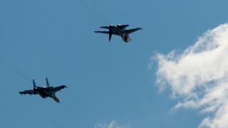 Руски изтребители изтласкаха F-18 на НАТО от самолета на Шойгу над Балтика
