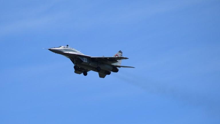 С до 8 самолета САЩ участват в охраната на небето ни за месец