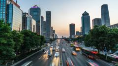 Най-големият автомобилен пазар в света е напът да запише първи годишен спад от 1990