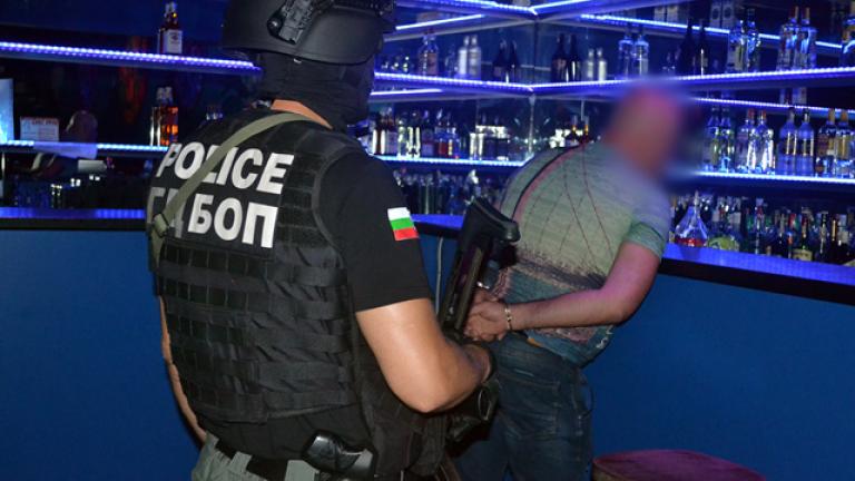ГДБОП разби банда за трафик на хора и проституция по морето