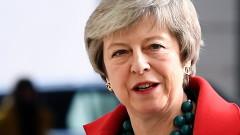 Над 200 британски депутати искат от Тереза Мей да няма Брекзит без сделка