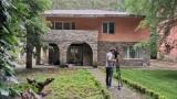Още четири проекта за къщи за гости изрядни