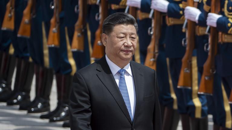 Китай се намесва в Хонконг когато е нужно и противодейства на митата на Тръмп