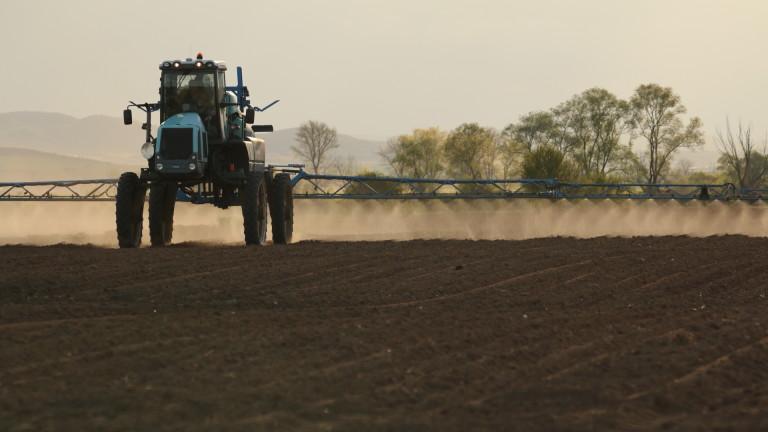 С близо 120 млн. лева подпомагат земеделските стопани у нас
